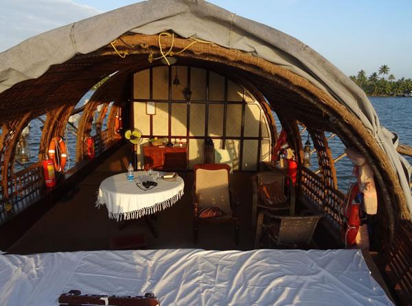 CGH Earth Houseboat