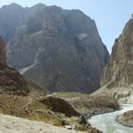 Floortje langs de Pamir Highway