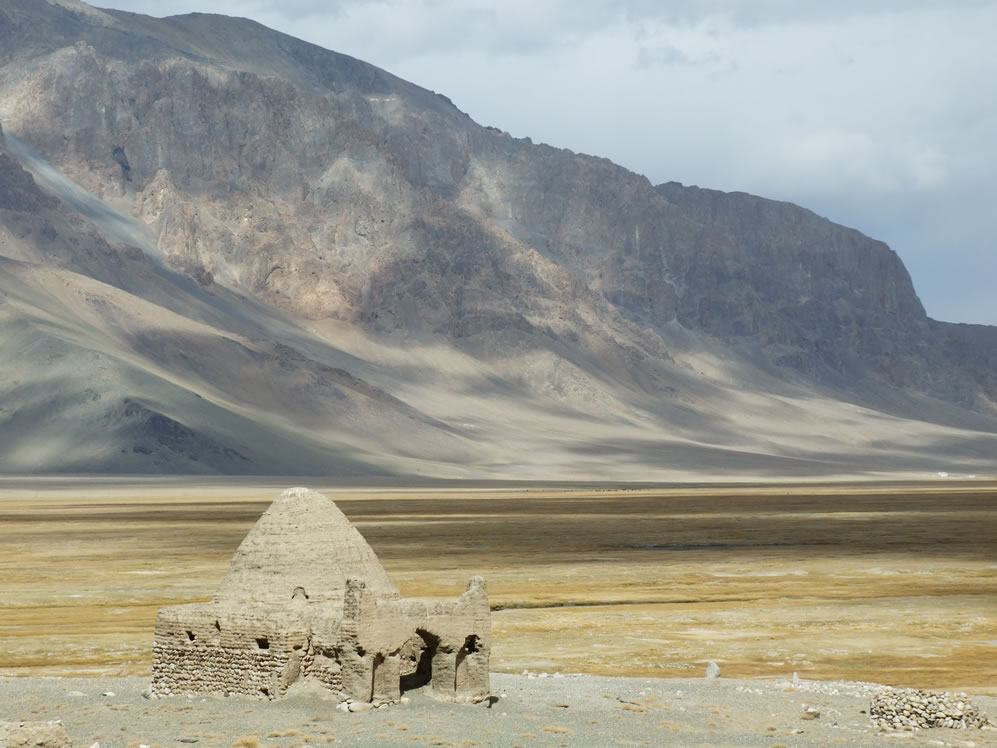 Blini lanceert een nieuwe reis langs de steden en door de bergen van